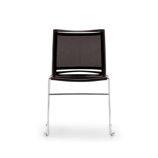 Chaise design empilable et accrochable